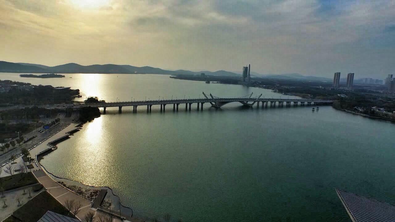 蠡湖大桥大剧院5_1.jpg