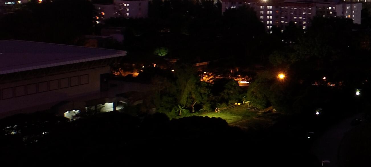航拍科技楼夜景(2.5秒百分百细节截图3).jpg