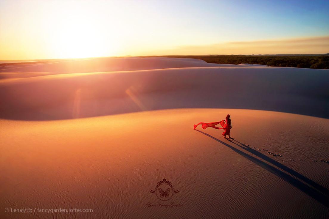 绯红沙漠.jpg