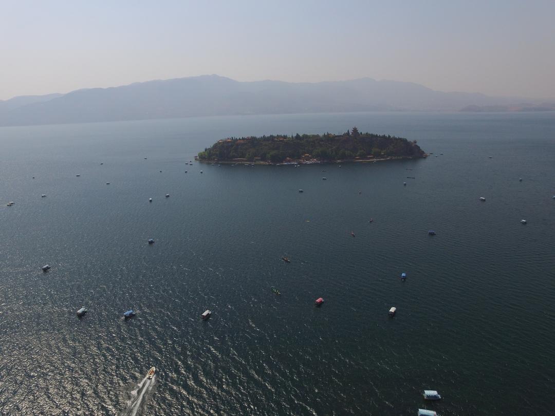 航拍抚仙湖